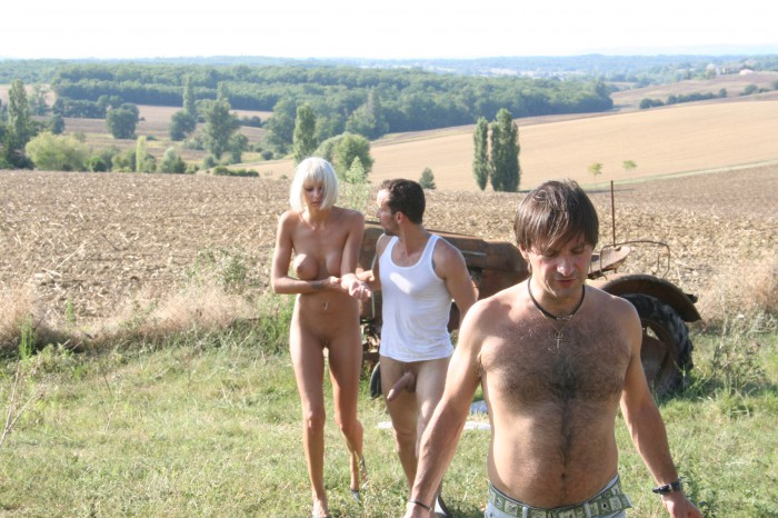 Amateur Couple Ffm Threesome